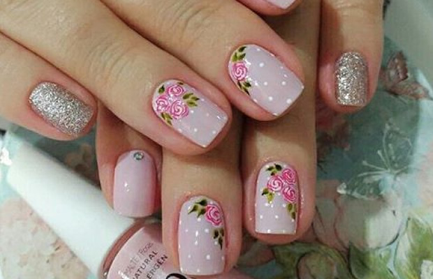 decorated nails