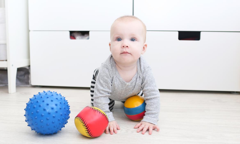 Activities for babies: balls