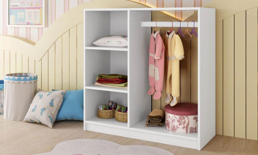 mini-closet-montessorian-234175