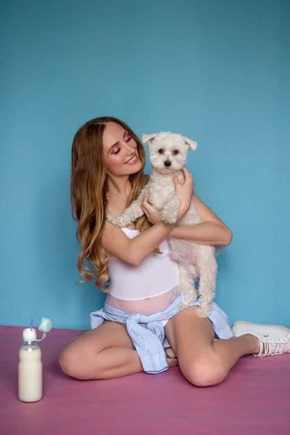 pregnancy test with dog